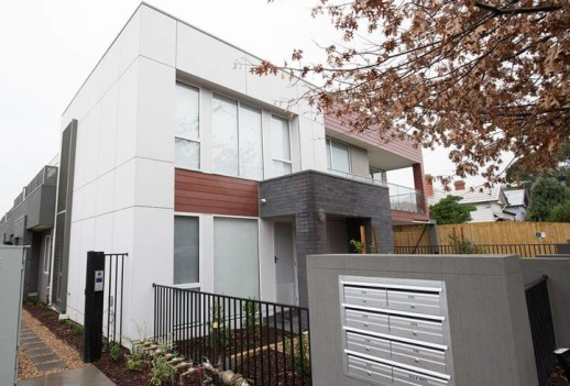 84 Thames St, Box Hill North现房别墅